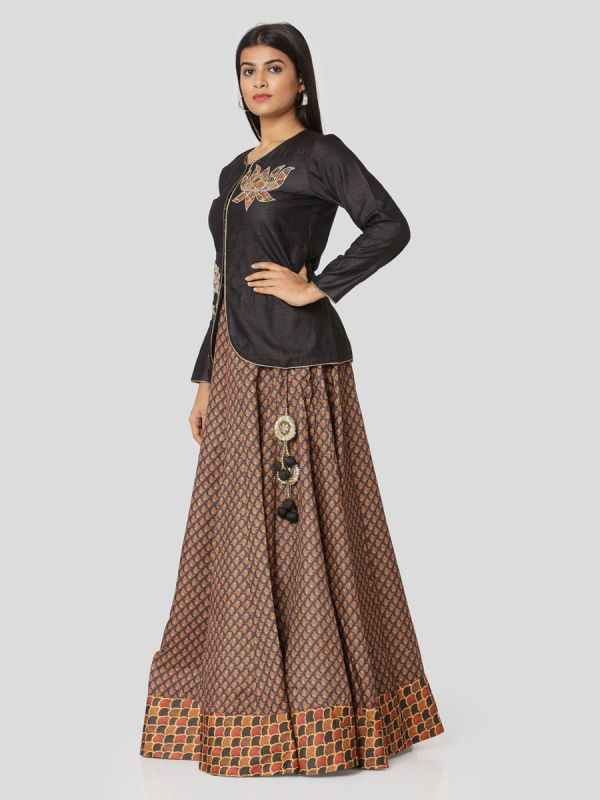 Black Chanderi Jacket Top With Hand Embroidery & Printed Skirt With Tassels