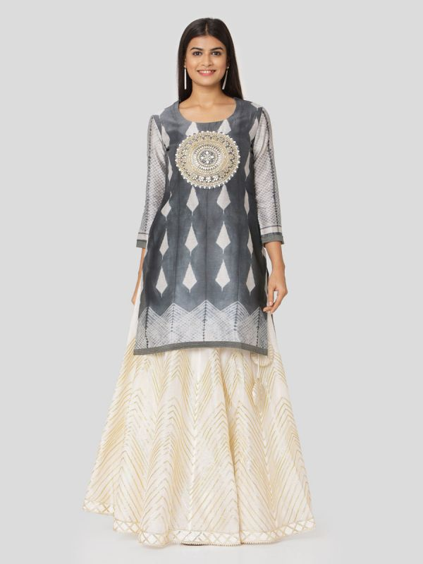 Conflict Grey Chanderi Tie & Dye Jacket Top With Hand Embroidery Work & Printed Ivory Skirt With Tassels