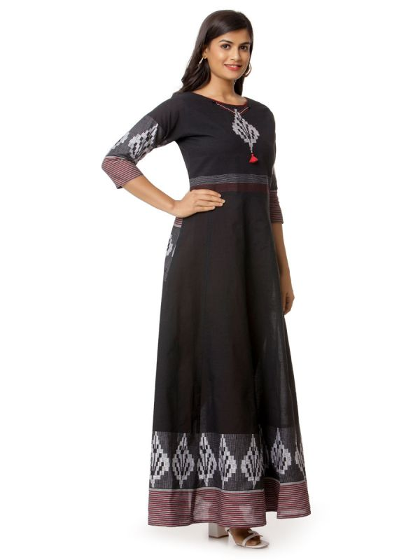 Black Colour Pure Cotton Printed Long Kurti